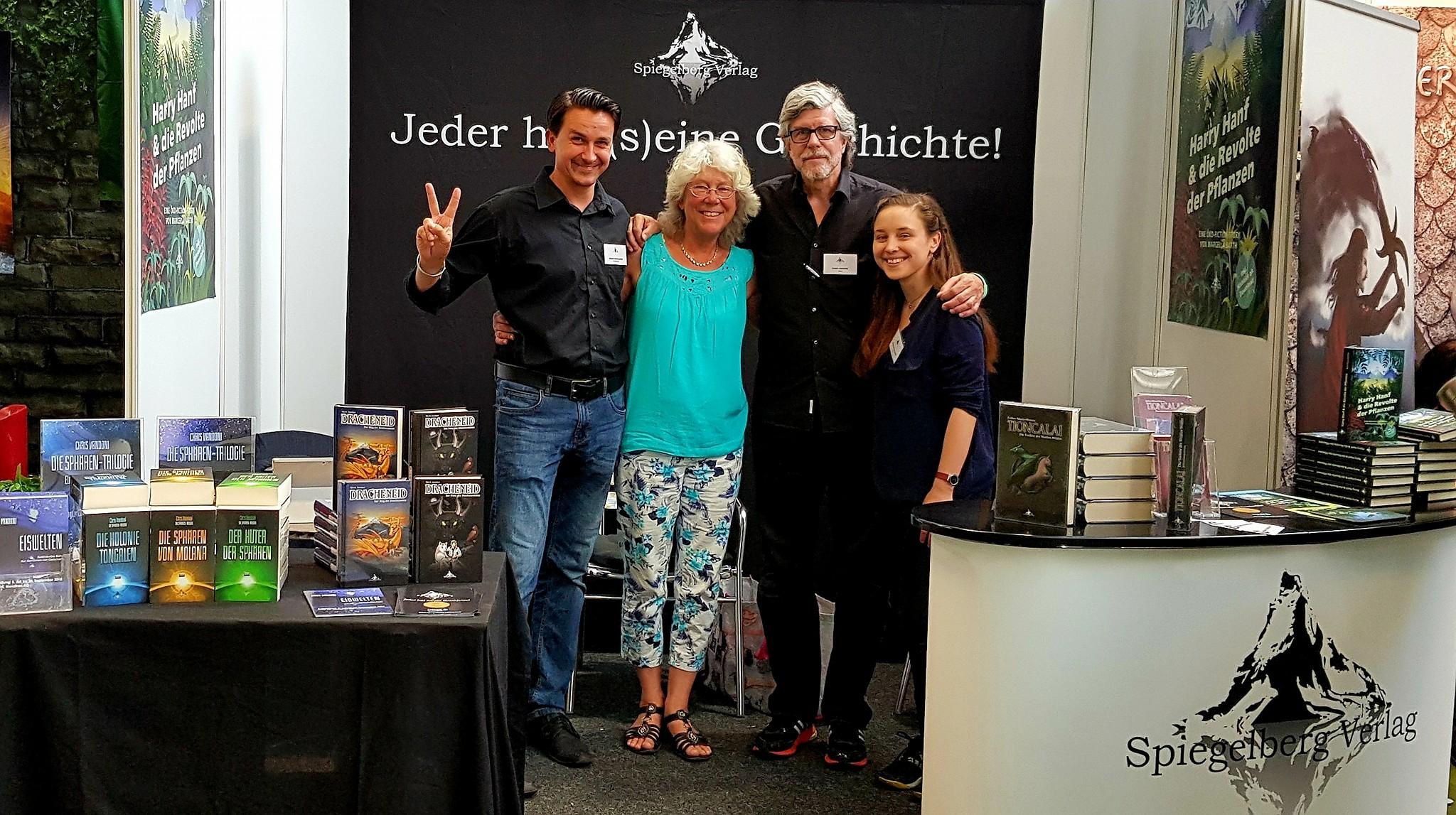 Verleger und Autoren-Team